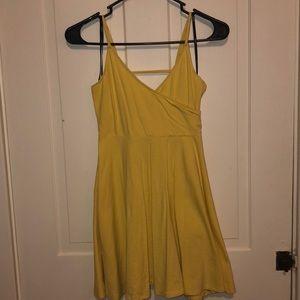 Yellow babyboll style dress